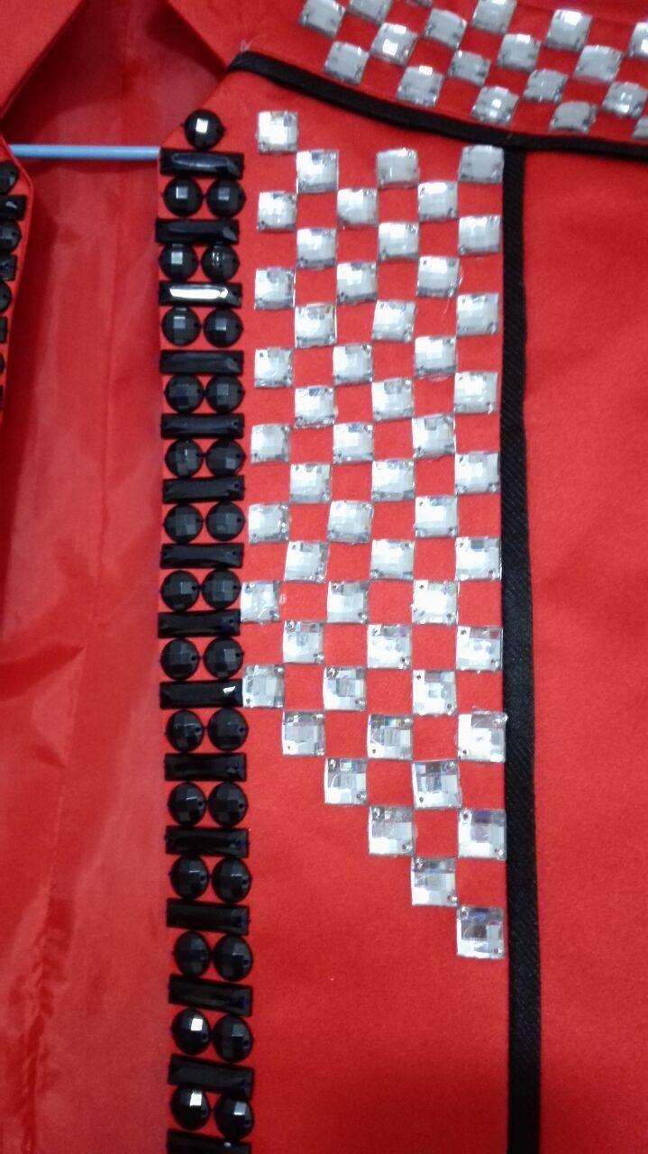 rote dünne männliche Kostümjackeblazer-Manteldiamantsteinstufe - Herrenbekleidung - Foto 2