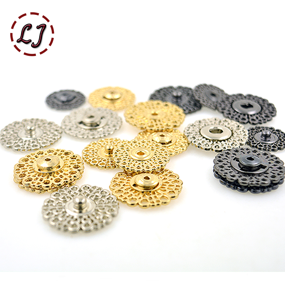 decorative buttons loops royal silver mixed lot of very small buttons with coat of arms 25 pieces decoration eyelets costumes sewing accessories
