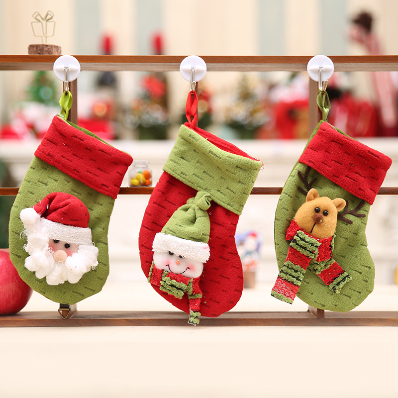 2 pcs random ship christmas socks decor party decorations santa claus christmas stocking candy christmas gifts bag in stockings gift holders from home - Candy Christmas Gifts