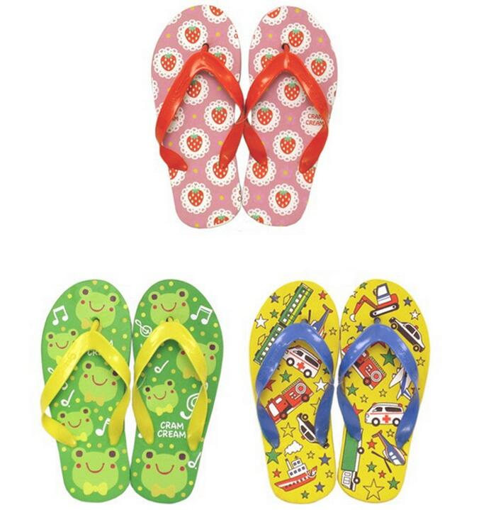 085b5bc54 Children Beach slippers Adhesive Children Shoes Indoor Outdoor Sandals baby  Slippers Kids Flip Flops beach Shoes-in Slippers from Mother   Kids on ...