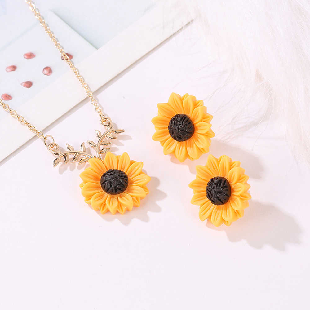2019 INS same jewelry pearl sunflower necklace earrings jewelry sets fashion jewellery sets for women