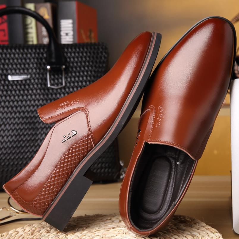 Men Business Dress Shoes Genuine Leather Loafers Pointed Toe Formal Shoes Luxury Oxford Shoes for Men Slip On Wedding Shoes dadawen boy s girl s slip on loafers oxford shoes