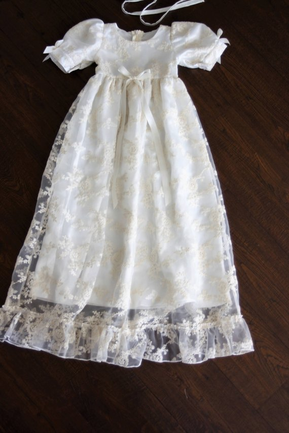 Heirloom Customized New baptism dress Royal christening gown Lace Short Sleeves Baby Girls Boys Long Christening Gown with Hat christmas faux fur fitted velvet short party dress with hat