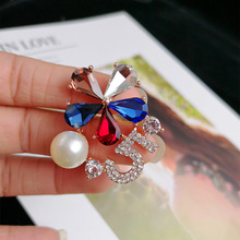 Five-petal flower pearl crystal brooch, digital 5 zircon brooch, fashion jewelry accessories wholesale,BE0523004