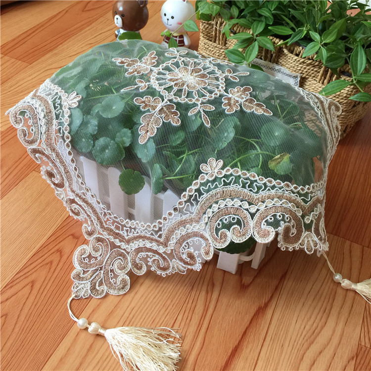 High Quality Delicate Mesh Lace Embroidery Restaurant Hotel Placemat Coffee Cup Coaster Furniture Dust Cover Cloth Table Mat