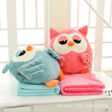 Winter Cute Owl Velvet Plush Coral Fleece Throw Pillow and Air Conditioning Car Blanket Cushion Set,Best New Year Gift For Girls