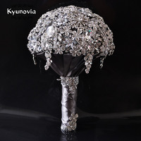 Kyunovia Diamond Jeweled Bouquet Luxurious bouquet Gray Wedding Bouquet Crystal Bling Diamond Jeweled Bridal Broach Bouquet D70