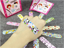 10pcs Waterproof Breathable Cartoon Band Aid Hemostasis Adhesive Bandages First Aid Emergency Kit For Kids Children Adult A103 free shipping 100pcs 7 2cmx1 9cm standard waterproof breathable bandages band aid first aid emergency care prevent rubbing foot