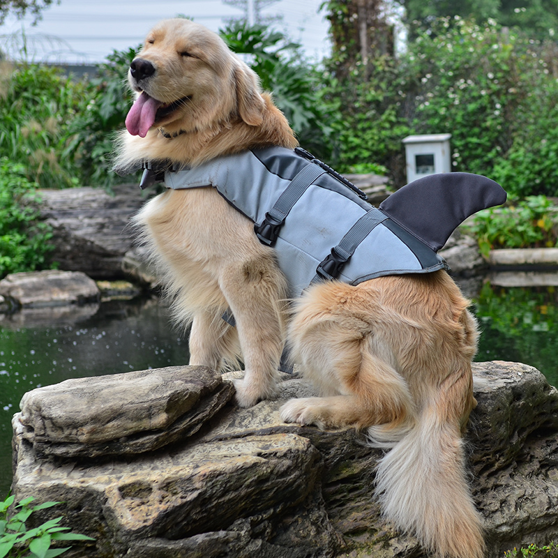 Pet Dog Shark Life Jacket Safety Clothes For Dog Life Vest Summer Clothes Saver Swimming Preserver Swimwear Dog Life Jacket 25S1