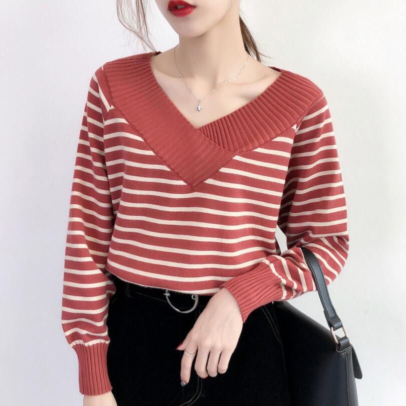 2018 New Women's Autumn Winter fashion V-Neck Knit Sweater long sleeve Stripes Pullovers Girlish Sweaters r105