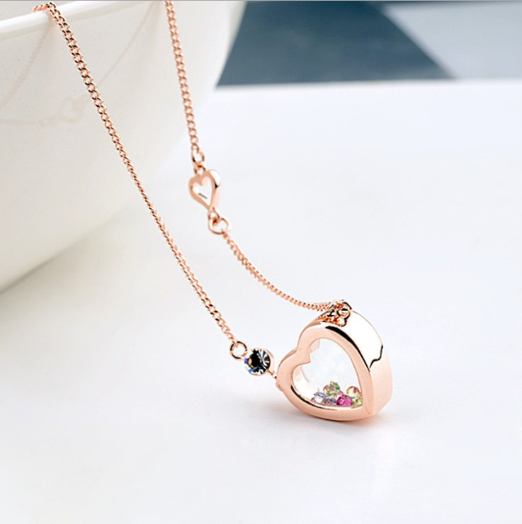 Infiniti Delicate Transparent Crystal Quicksand Heart Pendant Necklace Crystals from Swarovski Magnet Woman Wedding Jewelry