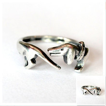 Retail  ancient silver Dachshunds ring Handmade retro animal ring dog memorial