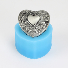 Nicole Heart-shaped Box Silicone Soap Mold 3D Handmade Bath Bomb Chocolate Candy Mould Craft Resin Clay Decorating Tool