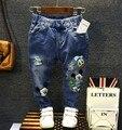 2-8Y nuevo 2016 primavera verano moda jeans niños de la historieta denim niños pant vaqueros pantalones de los muchachos
