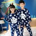 2016 Outono & Inverno Novo Padrão Menina Coral Flanela Estrela Roupa Em Casa de Manga Longa Espessamento Quente Crianças Pijama de Algodão Puro
