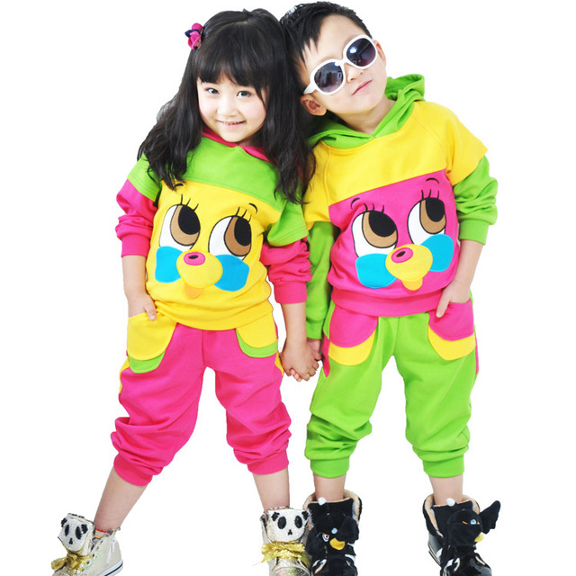 2017 new children's clothing for boys and girls with big eyes bear suit for Children clothing set kids clothes coat