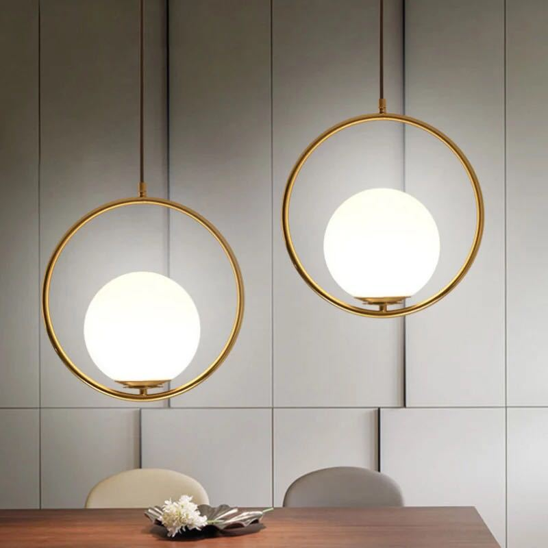 Modern Style Gold Metal Round Globe Pendant Lights Bar Restaurant Kitchen Fixtures Indoor LED Glass Ball Pendant Lamps Hang Lamp