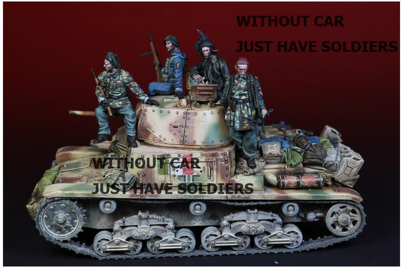 1/35 The Italian Crew, FIGURES 4 Soldiers WITHOUT CAR     Toy Resin Model Miniature Resin Figure Unassembly Unpainted