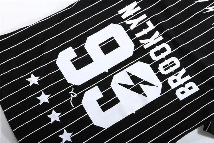 b46a3b19c9630 Homens Mulheres de Malha Com Decote Em V Camisa Rua Hip Hop Camisetas Tee T  shirt Novos Homens Listrado Jersey Basebol Camiseta quadril hop camisas t em  ...