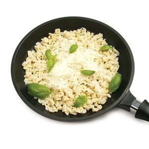 Image 4 - ステンレス鋼spaetzleメーカー蓋付きスクレーパードイツ卵麺団子メーカーホームキッチンパスタ調理ツールaccessoires
