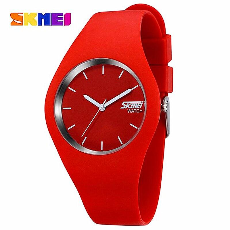 Montre Femmes SKMEI marque De Mode Casual quartz montre Hommes montres Montre Femme Reloj Mujer Silicone Étanche Sport Montres