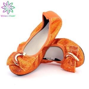 Los zapatos planos de las señoras más grandes tamaño 38-45 para zapatos de Damas africanos con suelas blandas naranjas zapatos cómodos de baile de banquete noble