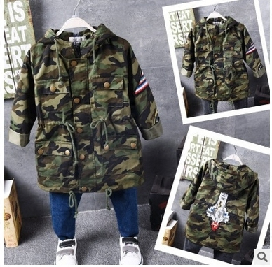 2016 Корейских детей осенью мода камуфляж ветровка вышивка с капюшоном ветровки куртки ракеты этикетки бесплатная доставка