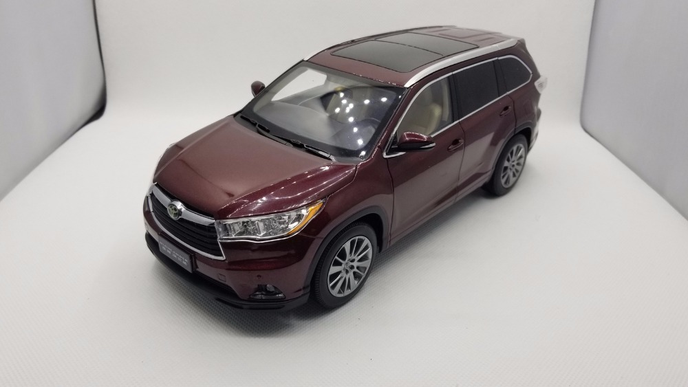 все цены на 1:18 Diecast Model for Toyota Highlander 2015 Red SUV Alloy Toy Car Miniature Collection Gifts