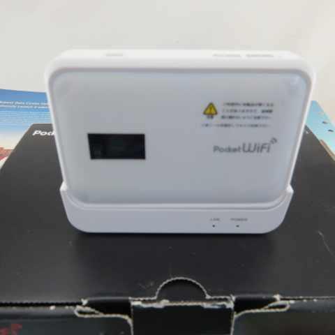 מקורי סמארטפון Huawei GP03 3 גרם Wifi נתב 42 mbps עם כרטיס ה-SIM חריץ תמיכה USB יציאת WCDMA 900/ 2100 mhz