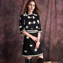 2016 Fall&Winter Free Shipping Elegant Half Sleeve Coat+A-Line Skirt Crystal Beading Appliques Black Embroidery Pretty Suit
