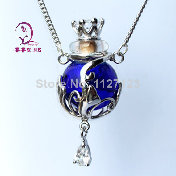 Free shipping !!1pcs Murano blue Glass Essential Oil Bottle Pendant Necklace Perfume Bottle Necklace,Aroma diffuser necklace