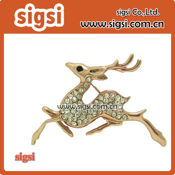 Rhinestone Deer Brooches Women Christmas Reindeer Pins Luxury gold metal Coat Corsage pin brooch Jewelry