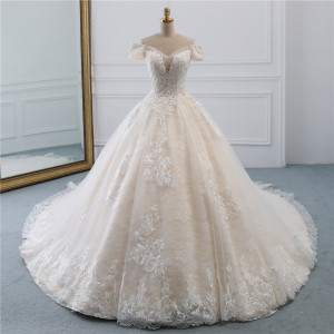 Image 2 - Fansmile Luxury Lace Beading Long Train Ball Gown Wedding Dress 2020 Vestidos de Novia Princess Wedding Bride Dress FSM 531T