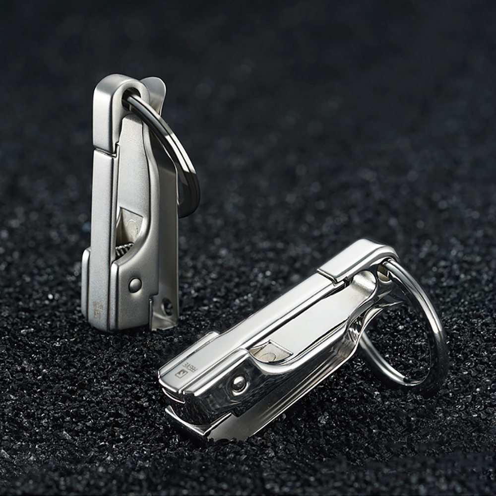 Image 3 - 304 Stainless Steel Car Key Chain Belt Waist Hanging Simple High Quality Men KeyChain Buckle Key Ring Holder Fathers Day GiftKey Chains   -