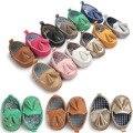 1 PCS Novo Borla Clássico Meninos Bebê Sapatos 2017 Sapatos Da Moda Meninas Criança Crianças Sapatos Macios sapatos Infantis Sapatilha De Couro Patch ROM36