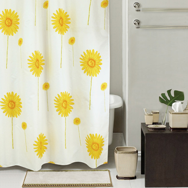 High Quality Thickening Waterproof Fabric Simple Sun Flower Shower Curtain Mildew Sunflower Series Hook