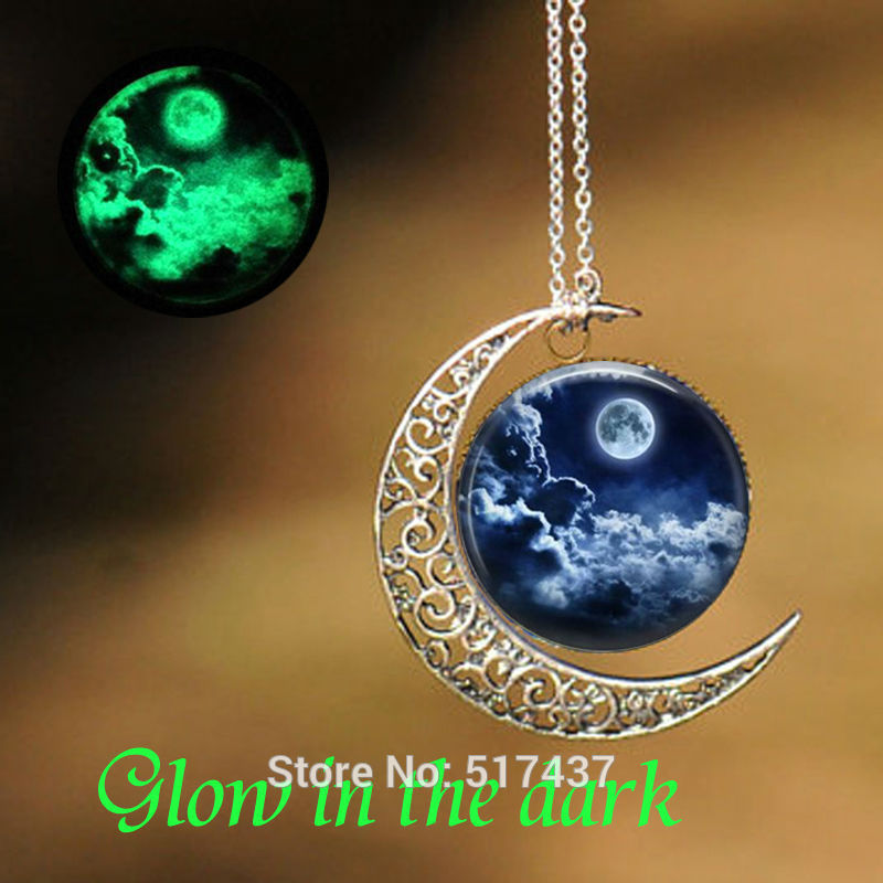 Glowing Pendant Moon Galaxy Necklace Glass Picture Pendant Glow in The Dark Jewelry Necklace