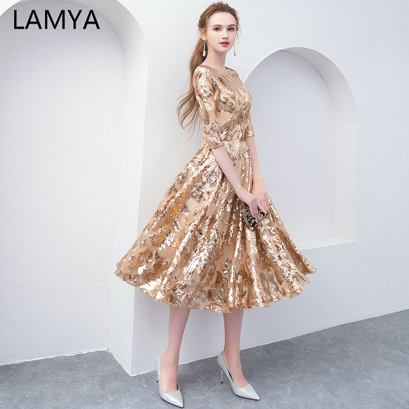 LAMYA Cheap Plus Size Gold Sequins   Prom     Dresses   2019 Half Sleeve Organza Evening Party Gown Knee Length O Neck Rode De Soiree