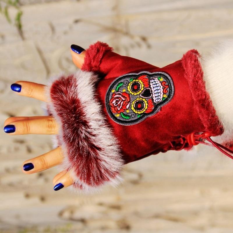 2016 Vintage Ethnic Gloves Embroidery Skull  Winter Gloves Female Half Finger Mittens Women Ladies Suede Gloves