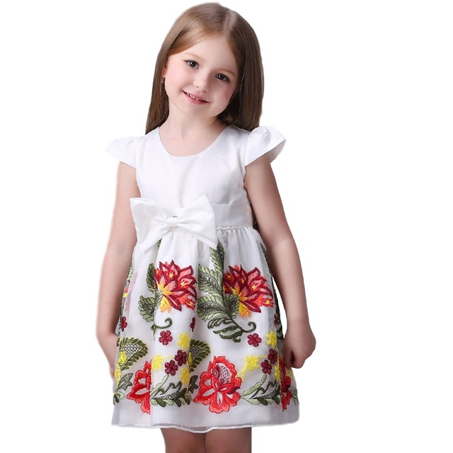 306867d45665 2016 Nuovo Fiore di Estate Delle Neonate del Vestito Dai Vestiti Invernali  Per Bambini Elegante Neonata