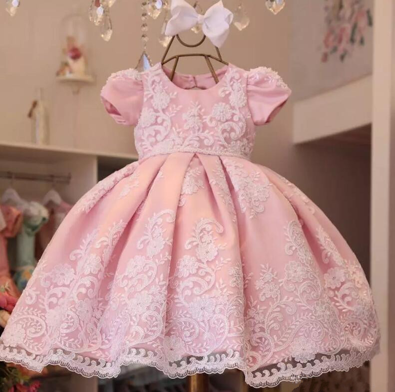 все цены на New Pink Lace Appliques flower girl dresses ball gown kids first birthday gown first communion dresses for girls custom size