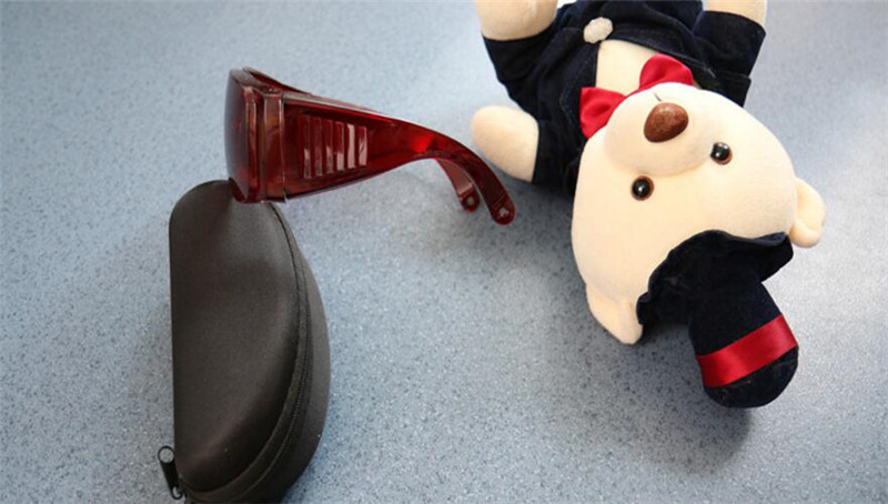 E-свет opt удаления волос очки Фотон лазерная защита очки мыть брови Цвет свет черный лицом куклы глаз патч