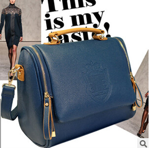 new Korean version of the British Crown double pull of fashion portable shoulder bag Messenger bag retro handbags