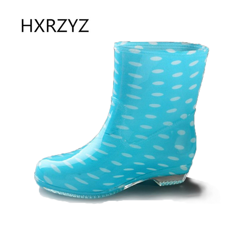 water shoes Spring and autumn woman warm rain shoes And ankle rain boots lady waterproof fashion rubber boots  water shoes spring and autumn woman warm rain shoes and ankle rain boots lady waterproof fashion rubber boots