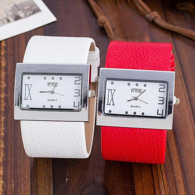 Couple watch CCQ Brand Leather Watch Men Women Wristwatch Quartz montre femme ma