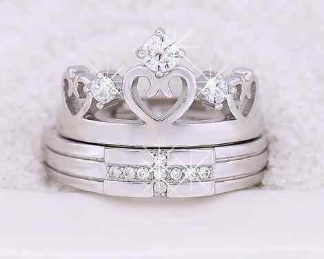 แฟชั่นแหวนคู่สำหรับผู้ชายและผู้หญิงS Liverข้ามมงกุฎCubic Z Irconiaคริสตัลปรับแต่งงานคนรักแหวนเครื่องประดับ