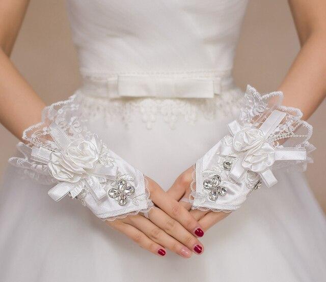 1 Par de luvas de Renda Sem Dedos Luvas de Casamento Novo Venda Quente Luvas Sem Dedos Curtos Luvas de Moda Luvas De Noiva Branco de Noiva Acessórios Do Casamento