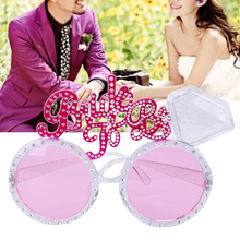 Bachelor Party Supplies Bride To Be Glasses Pink Bling Diamond Ring for Wedding Party Decoration Beautiful Props