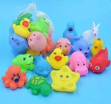 13 יח\חבילה צעצועי אמבטיה לתינוק ילדי ברווז בעלי החיים גומי לסחוט צעצוע לשחק צף מים רחצה הרחצה צעצועי קול חורק