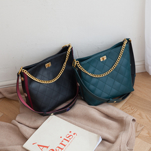 wide straps diamond lattice bucket bags split leather Shoulder Bags for women top grade luxury ladies crossbody Bags 2019